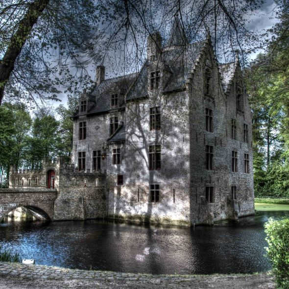 Castle of Beauvoorde in West of Flanders - Kasteel van Beauvoorde.