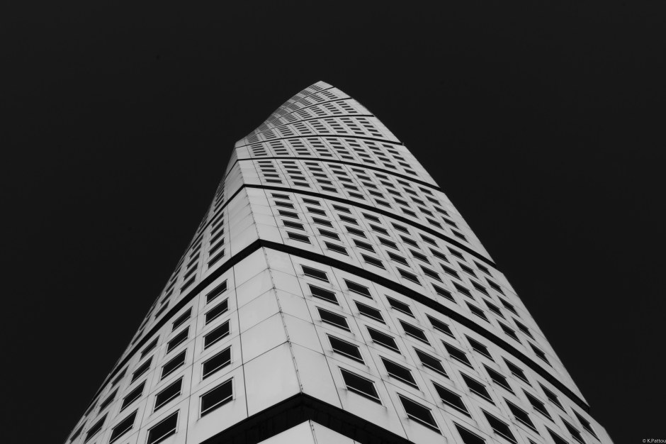 The turning torso in Malmö (Sweden)
