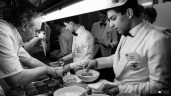 Chefs_in_the_kitchen-20