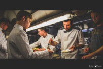 Chefs_in_the_kitchen-33