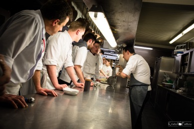 Chefs_in_the_kitchen-43